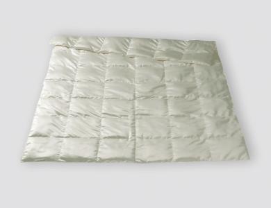 Christian Fischbacher Basel lightweight All-Year down comforter, silk